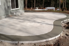 Concrete Patio with Decorative Edge